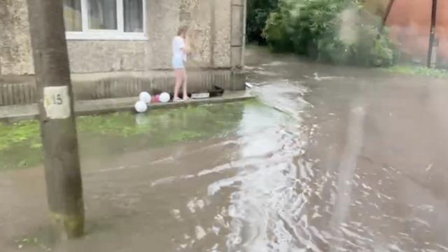 Гусев затопило после дождя (видео)