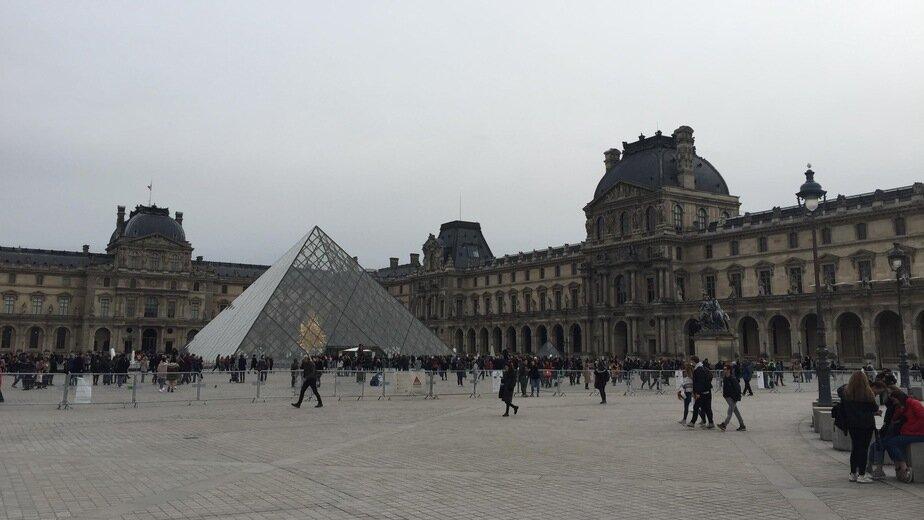 На фото: Лувр | Фото: «Клопс»