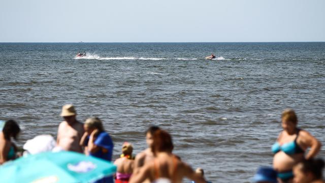 49-летний сёрфингист спас в Сокольниках мальчика и женщину