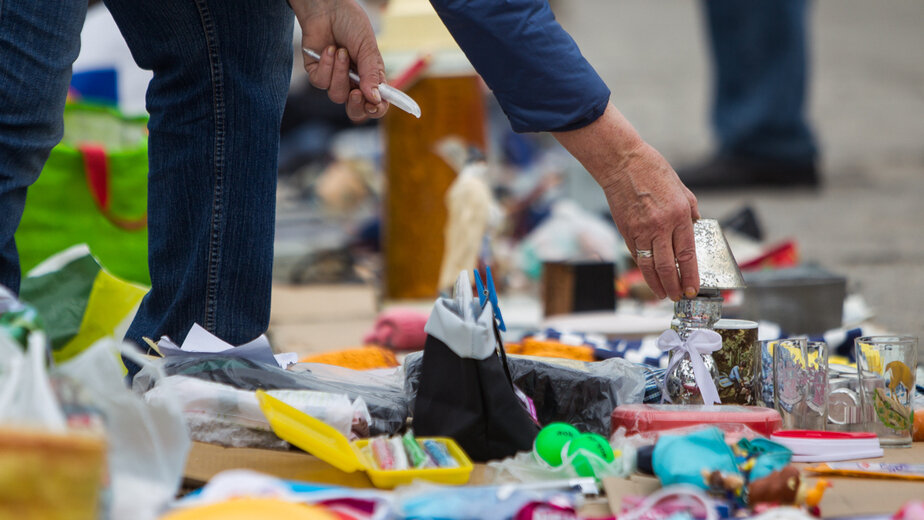 Куда в Калининграде отнести ненужные вещи: 7 мест, где будут рады вашим платьям, кедам и книгам     - Новости Калининграда | Фото: архив «Клопс»