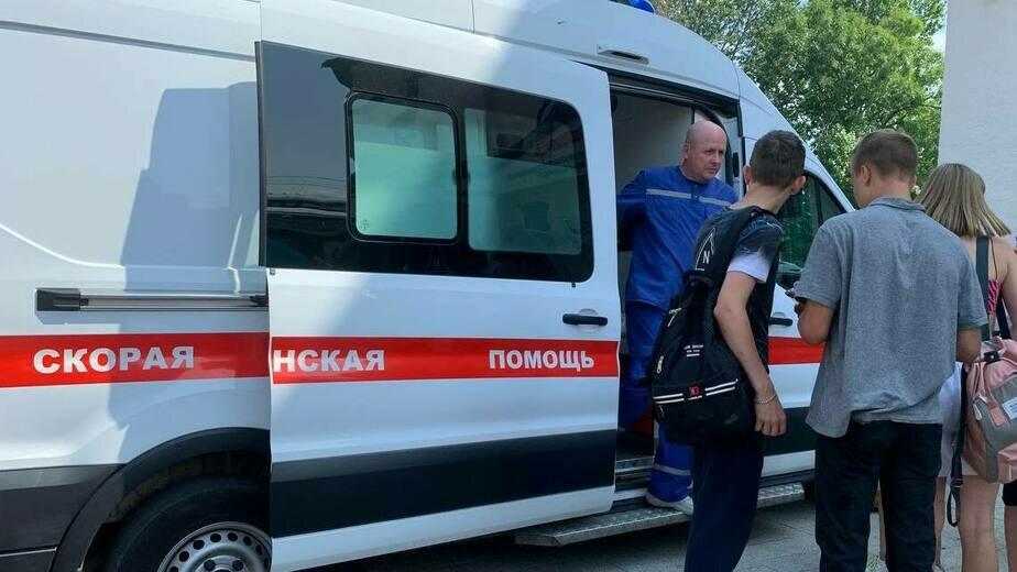 В электричке до Зеленоградска две школьницы потеряли сознание - Новости Калининграда | Фото очевидца