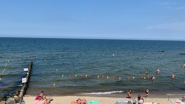 На пляже в Светлогорске появился «лягушатник»