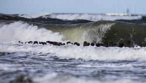 В Светлогорске на пляже нашли тело 31-летнего калининградца, который ночью выпивал и поссорился с подругой