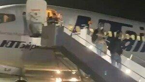 Самолёт с экс-губернатором Калининградской области попал в грозовой фронт