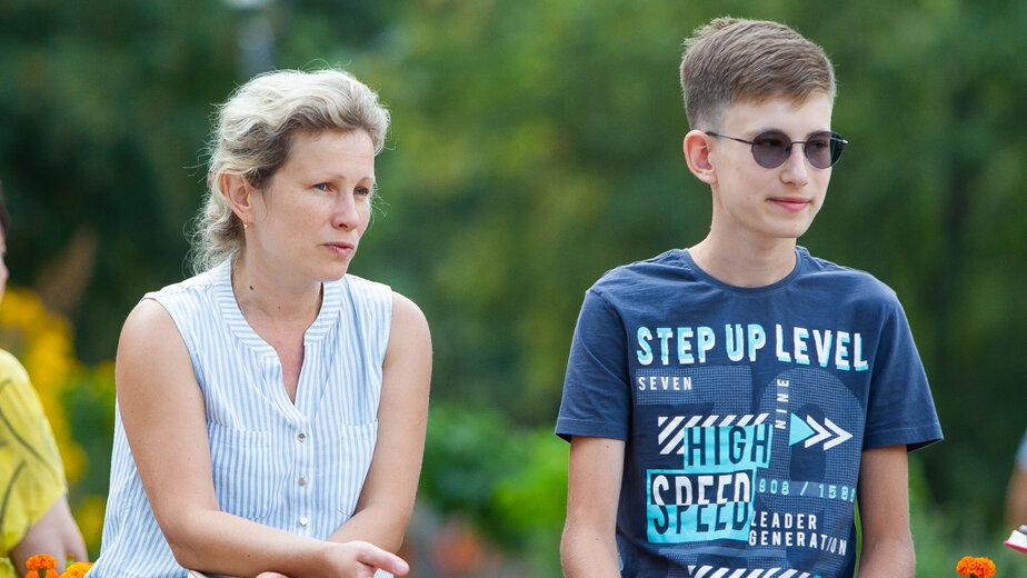 На фото: Саша с мамой Мариной | Фото: Александр Подгорчук / «Клопс»