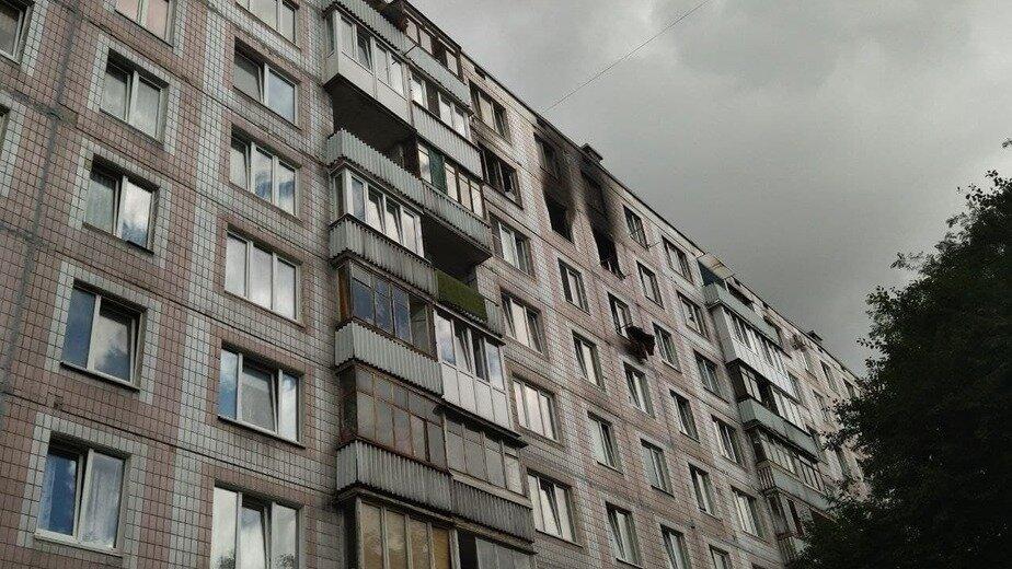Во время пожара из высотки на Батальной эвакуировали 53 человека | Фото: Ольга Запивалова / «Клопс»