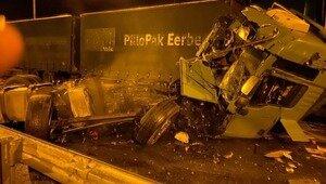 Вылетел через лобовое стекло: на российско-латвийской границе в ДТП попала фура с калининградцем за рулём