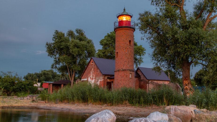 Судьба маяка в ваших руках:  старинный маяк в пос. Заливино продолжает преображаться - Новости Калининграда