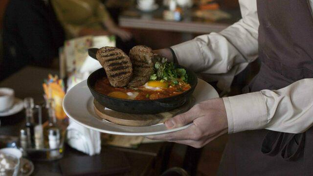 Шеф-повар рассказал, почему в кафе и ресторанах стала популярной «кухня бедняков»