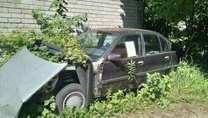 Их оставили умирать: мэрия нашла в Калининграде больше 40 брошенных машин (фото)