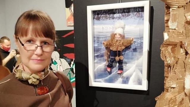 Кукла калининградской мастерицы попала на выставку в крупнейший музей современного искусства