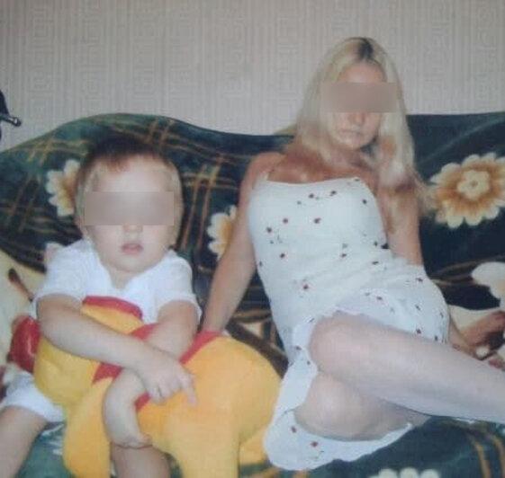 Артём с мамой | Фото из семейного архива