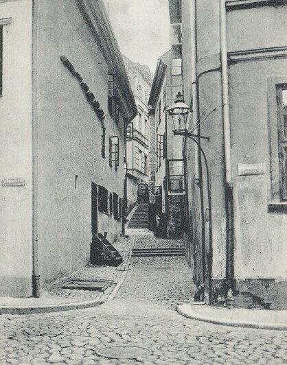Переулок Кошачья тропинка в Мельничном ущелье Лёбенихта  | Фотографии с открыток начала XX века