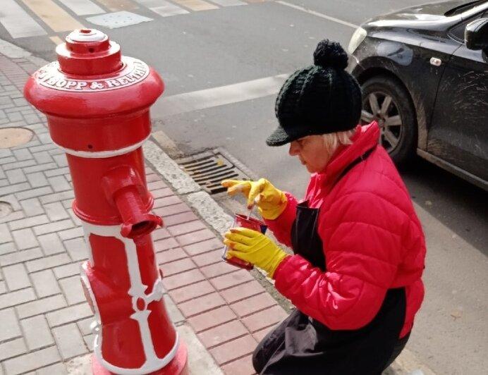 Увезли люди в комбинезонах: с калининградской улицы пропал старинный пожарный гидрант - Новости Калининграда   Фото: Инга Долотова