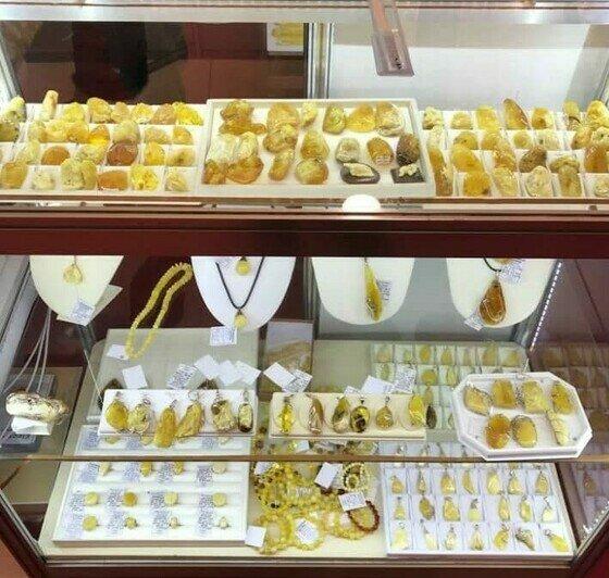 Изделия, представленные в магазине   Фото: предоставлены потерпевшими по делу