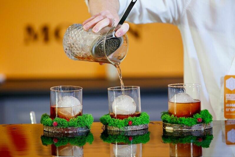 Коктейльное мастерство: чем удивил конкурс барменов «Янтарный шейкер — 2021» - Новости Калининграда | Фото: Денис Фролов, Мария Шокурова