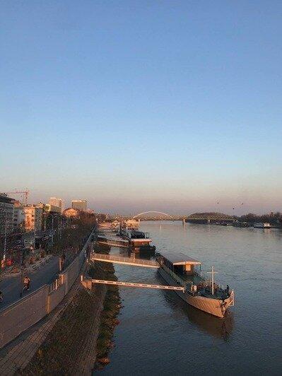 Набережная Малого Дуная — излюбленное место отдыха местных жителей   Фото: личный архив