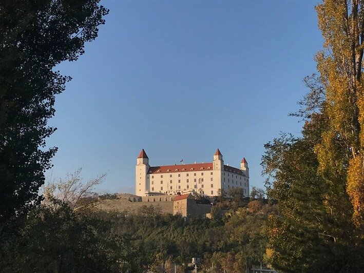 Братиславский град — замок на горе в самом центре города   Фото: личный архив